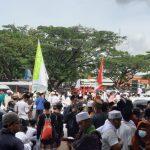 Simpatisan di Banten Kecam Pembakaran Spanduk HRS