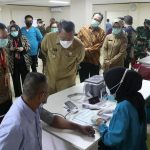 Walikota Tangsel Tinjau Vaksinasi Gotong Royong Untuk Pekerja